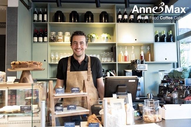 ANNE&MAX VERSUS DEEL